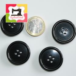 Botões quatro furos pretos